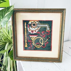 Vintage Cross-stitch Musical Instruments Wall Hang